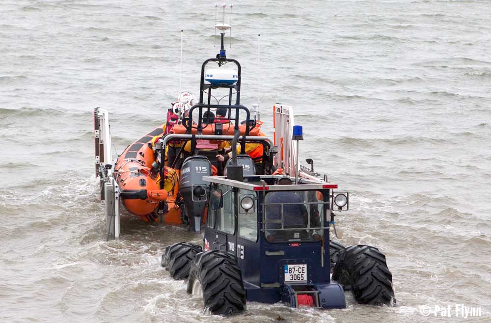 The Kilrush RNLI lifeboat was launched shortly after midnight - Photo: © Pat Flynn 2015