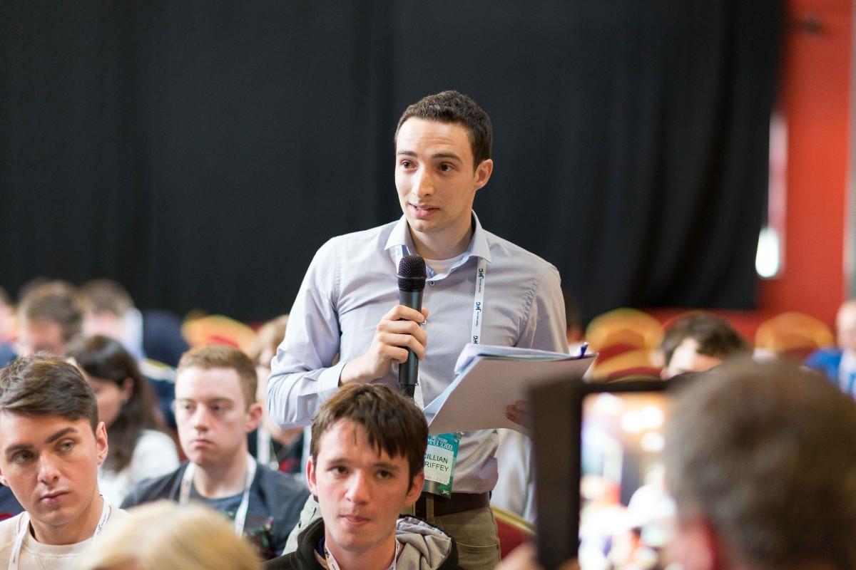 Young Fine Gael Garret Fitzgerald Summer School at Lisdoonvarna, Co Clare. Photograph by Eamon Ward
