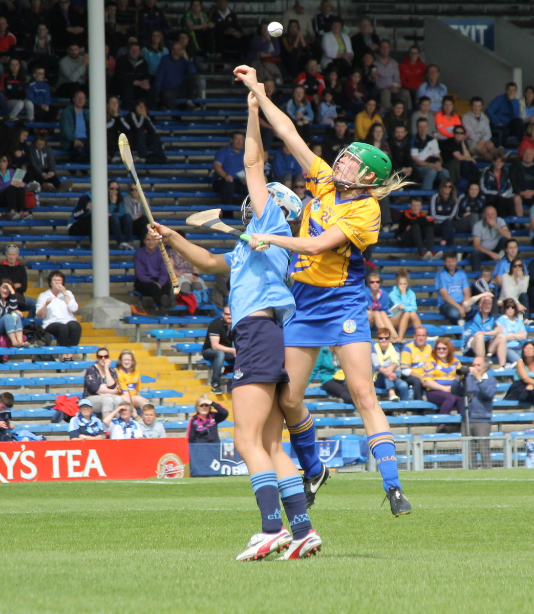 CE DUB Clares Emma O'Driscoll & Dublins Alison Maguire tussle for a dropping ball.