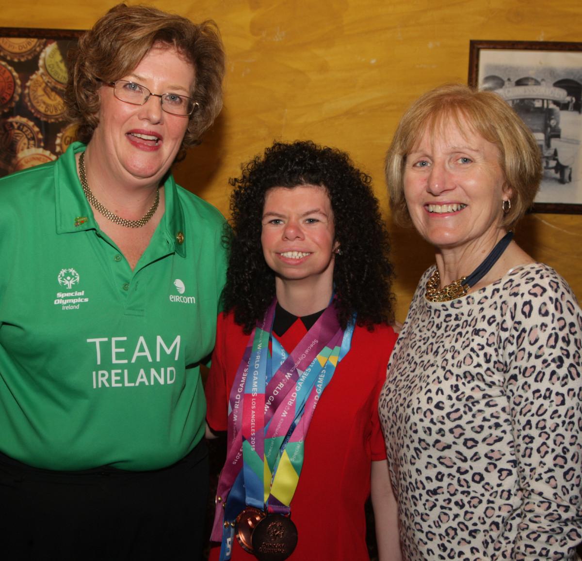 Cllr Maria Byrne and Cllr Marian Hurley with Olympian Ashleigh O'Hagan. Picture: Dermot Lynch