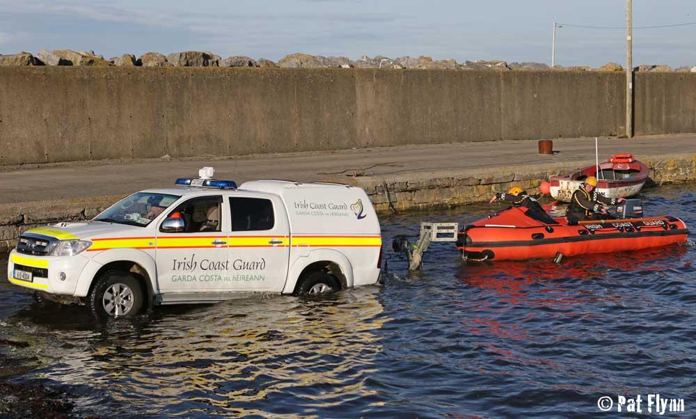 Irish Coast Guard members set off from Seafield Pier - Photo: © Pat Flynn 2015