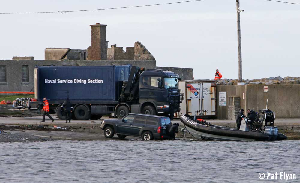Naval divers return to Seafield with the body fo Stephen Mungovan - Photo: © Pat Flynn 2015
