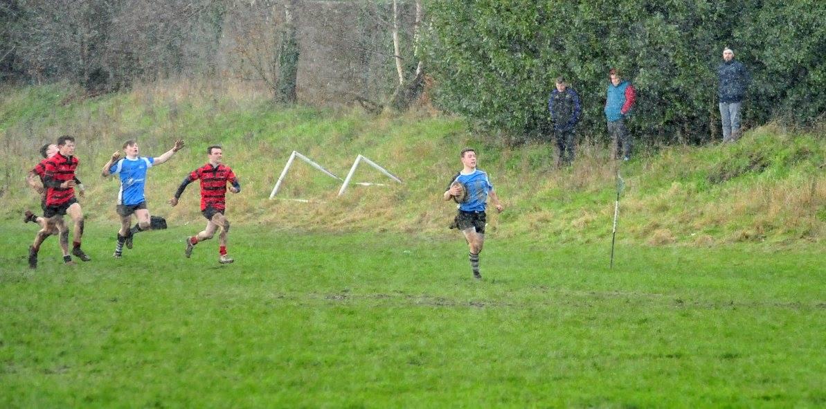 Tiarnan Agnew gets the winning try. Picture: Joe Buckley