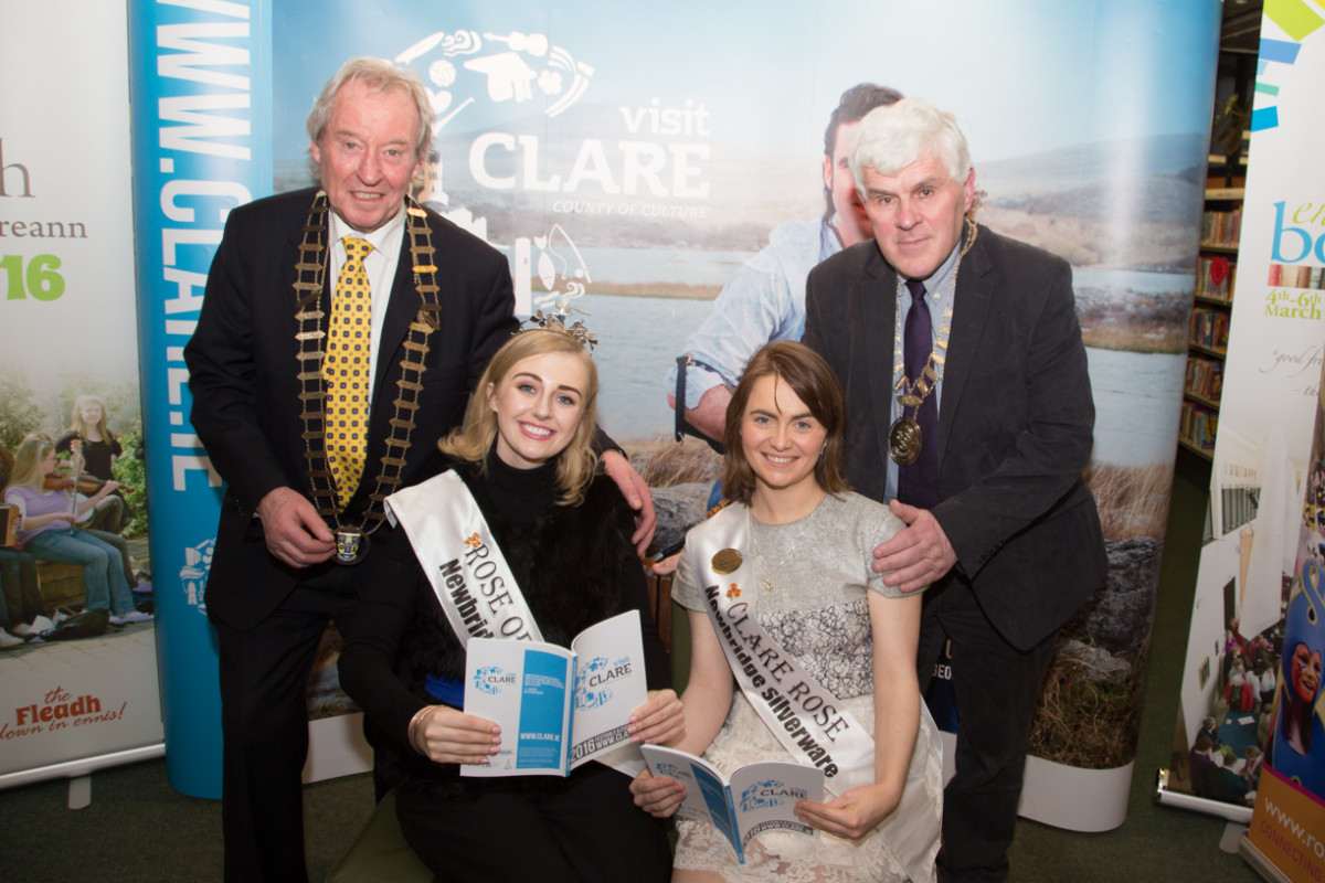 Pictured are James Breen, Cathaoirleach of Clare County Council (back left) and Cllr Pat Daly, Mayor of Ennis, and Rose of Tralee Elysha Brennan (front left) and Clare Rose Ava Mahony. Credit Ruth Vaughan
