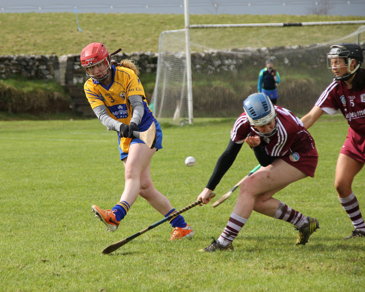 Aoife Griffin gets her shot in. Picture: Caroline O'Keeffe