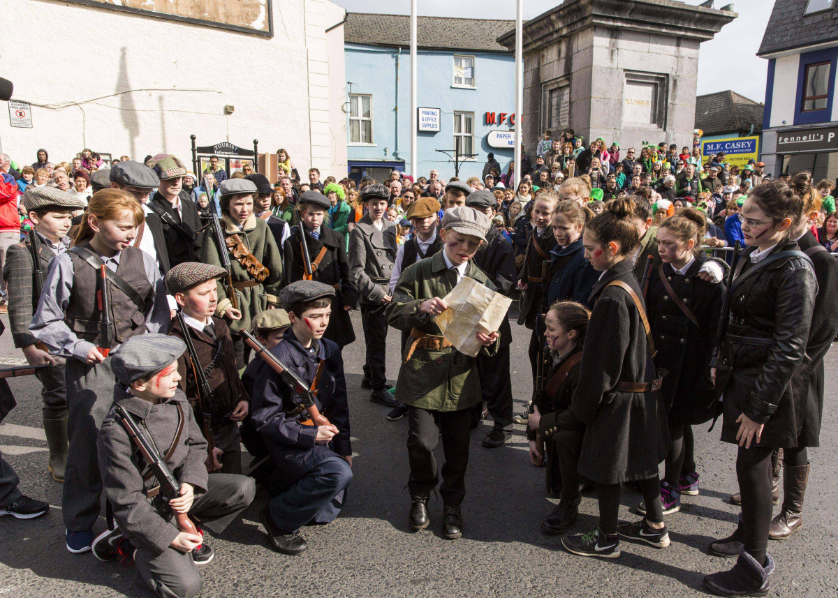 "5th class from Ballyea N.S. pictured won 'Best Parade Float/Group' for their showcase of their All Ireland winning Irish Drama ""1916-Eirigh amach na Casca""."