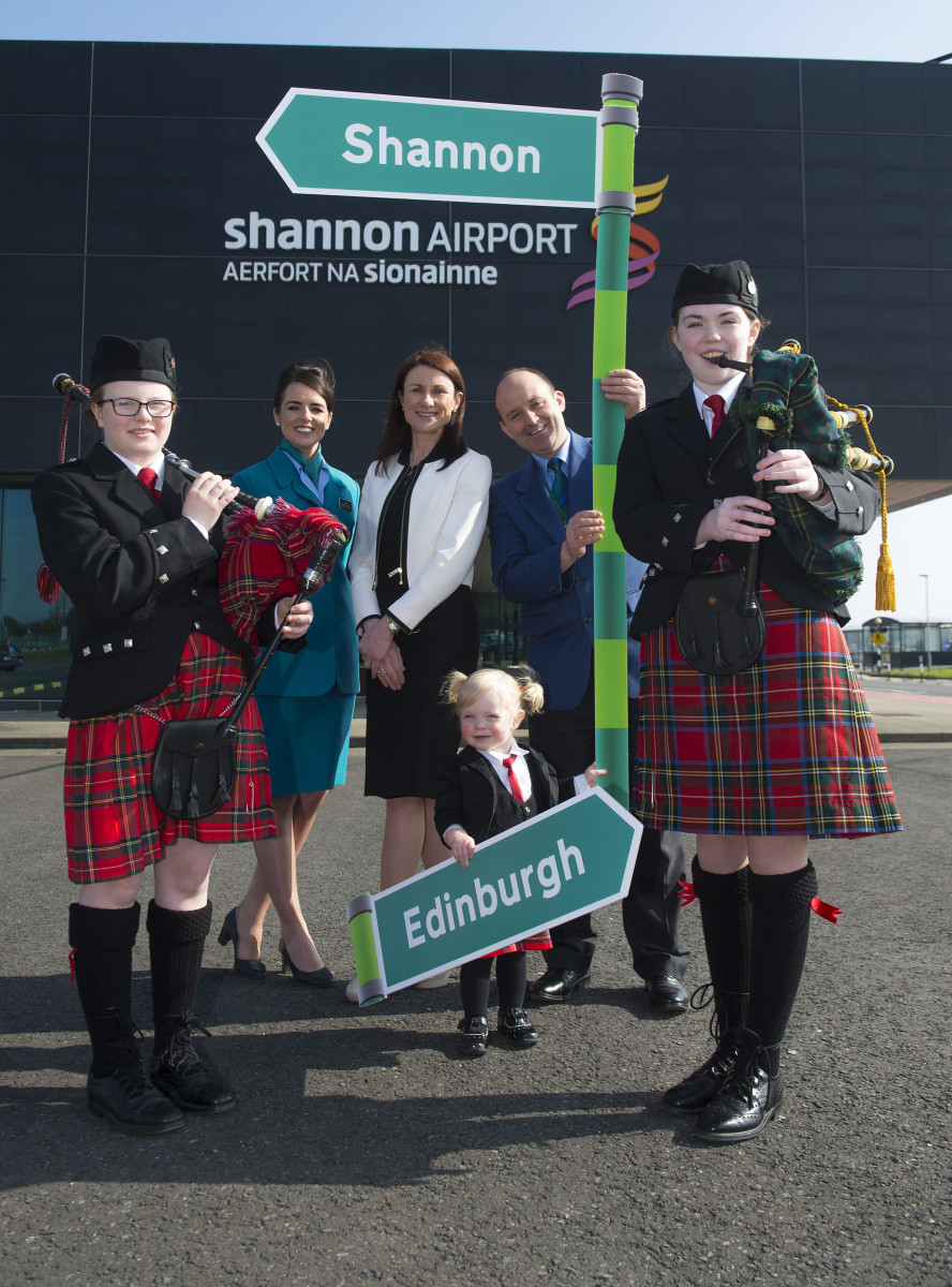 Pictured at the Aer Lingus Regional announcement of their Shannon to Edinburgh route are Aer Lingus Regional cabin crew Amy Scott, left, and Calvin Long, right, along with Shannon Group acting CEO Mary Considine and CBS Sexton Street Pipe Band members Aoife McDarby aged 12, left, Niamh Hickey aged 15, right, and Clodagh Purcell, aged 2. Picture credit: Diarmuid Greene/Fusionshooters
