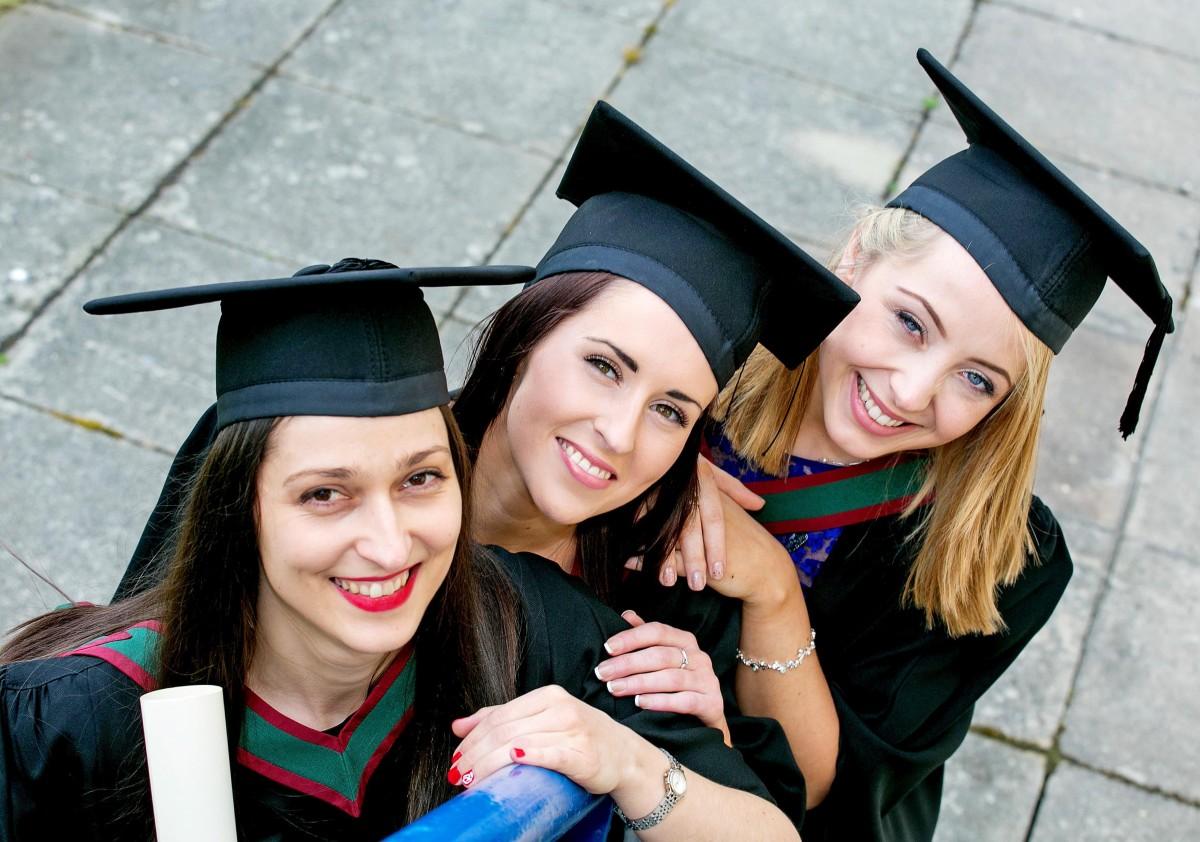 Pictured L-R are Teodora Todorova (Crsuheen Co Clare), Lauren Keating (Tallaght Dublin) and Shannon Recorbet Fitzsimons (Dalkey Co Dublin).Pic Arthur Ellis