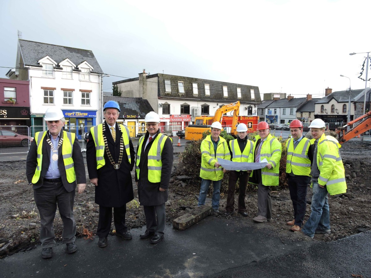 Pictured on site at the commencement of Phase I of the Market Rejuvenation project in Garraunalkilla were (l to r) Cllr. Pat Daly, Mayor of Ennis, Cllr James Breen, Cathaoirleach, Clare County Council, Tom Coughlan, Chief Executive, Clare County Council, Terence O'Brien, O'Brien Builders and Civil Engineering Contractors Ltd, David Bridge, Paddy Coleman & Associates, Consulting Engineers, Paddy Coleman. Lead on Design Team, David McLoughlin, Quantity Surveyor and Donal Cleary, Site Foreman, O'Brien Builders and Civil Engineering Contractors Ltd.