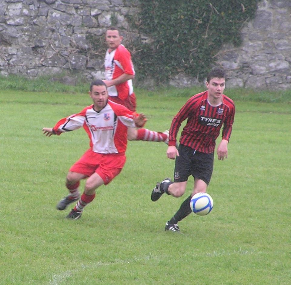 Darragh Fitzgerald gets to the ball first. Pic: Oliver Fitzpatrick